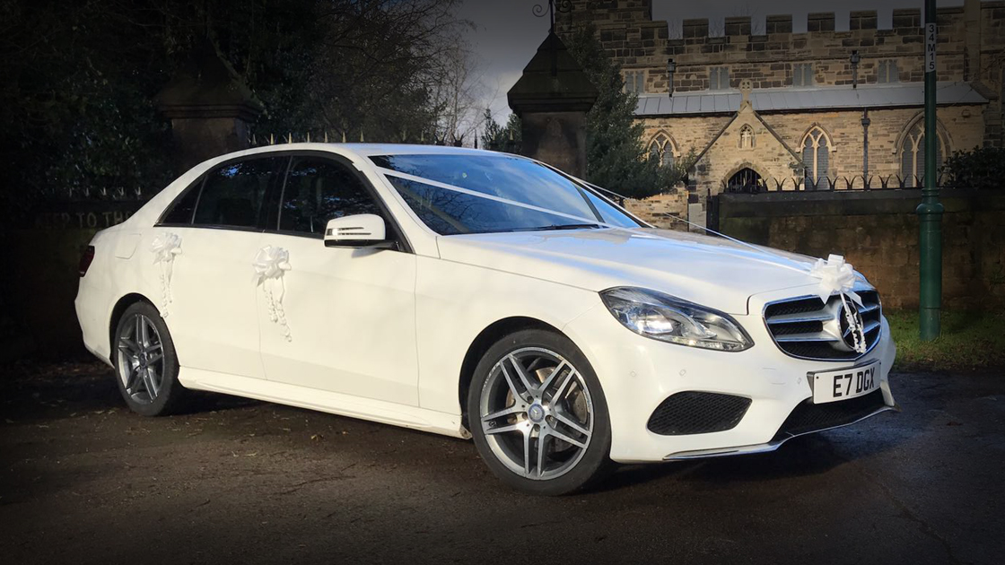 Executive White E Class - Up To 4 Passengers